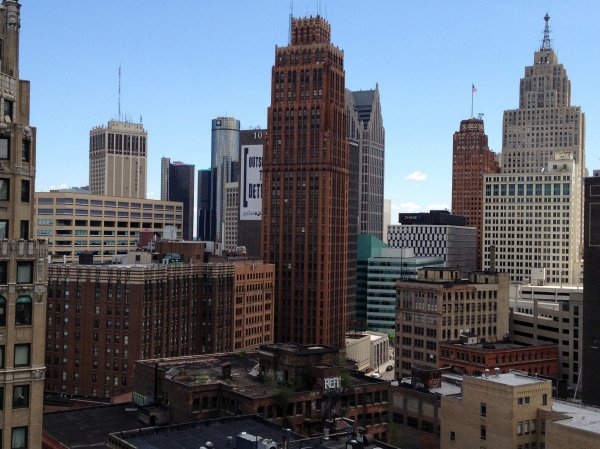 Downtown Detroit hides problems from the glimmer of the skyline